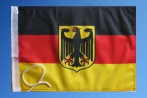 deutschland fahne mit adler 27cm x 40cm fahnen und. Black Bedroom Furniture Sets. Home Design Ideas
